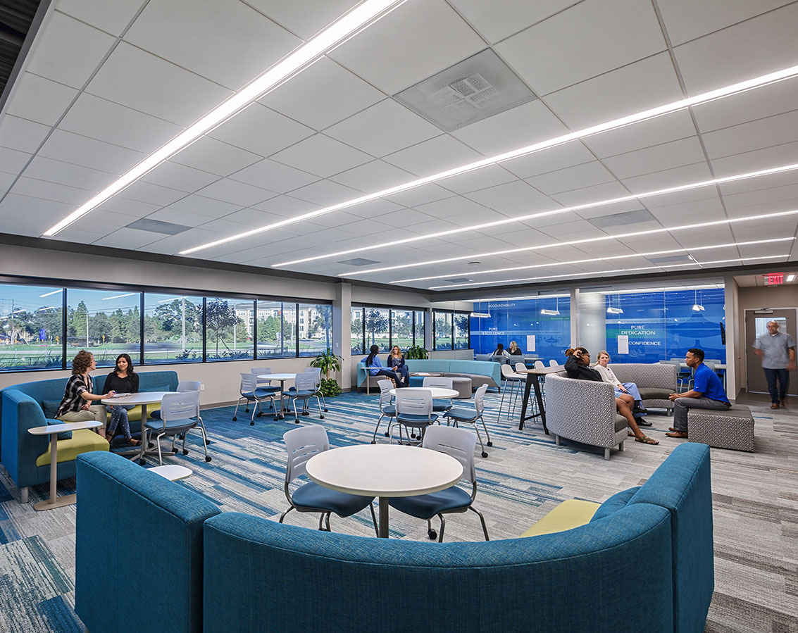 Informal studying and collaboration areas with comfortable seating