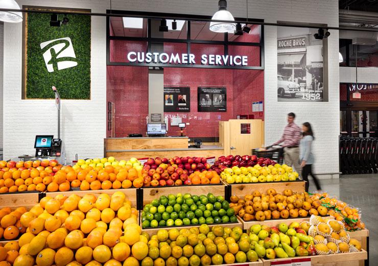 Customer service counter at Roche Bros. Arsenal Yards