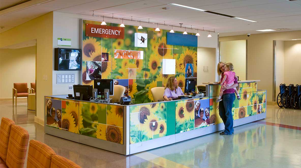 Cincinnati Children's emergency reception desk