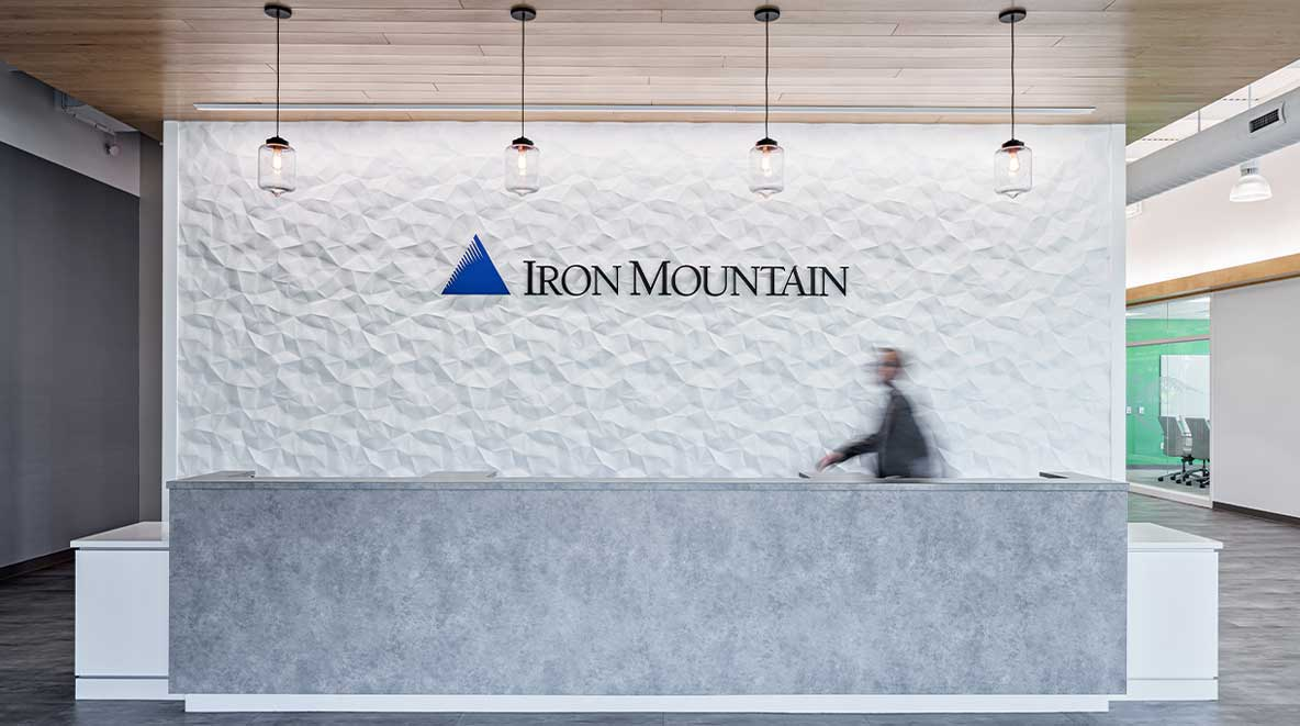 Iron Mountain reception desk