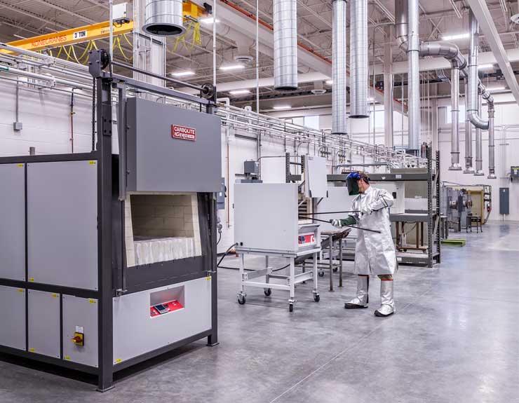 High-bay lab space